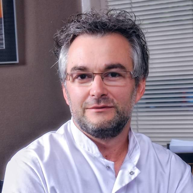 Dr Denis GARNIER